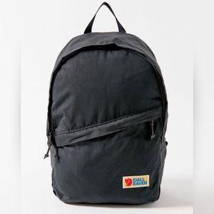 Fjallraven NWT Vardag 16 backpack stone grey